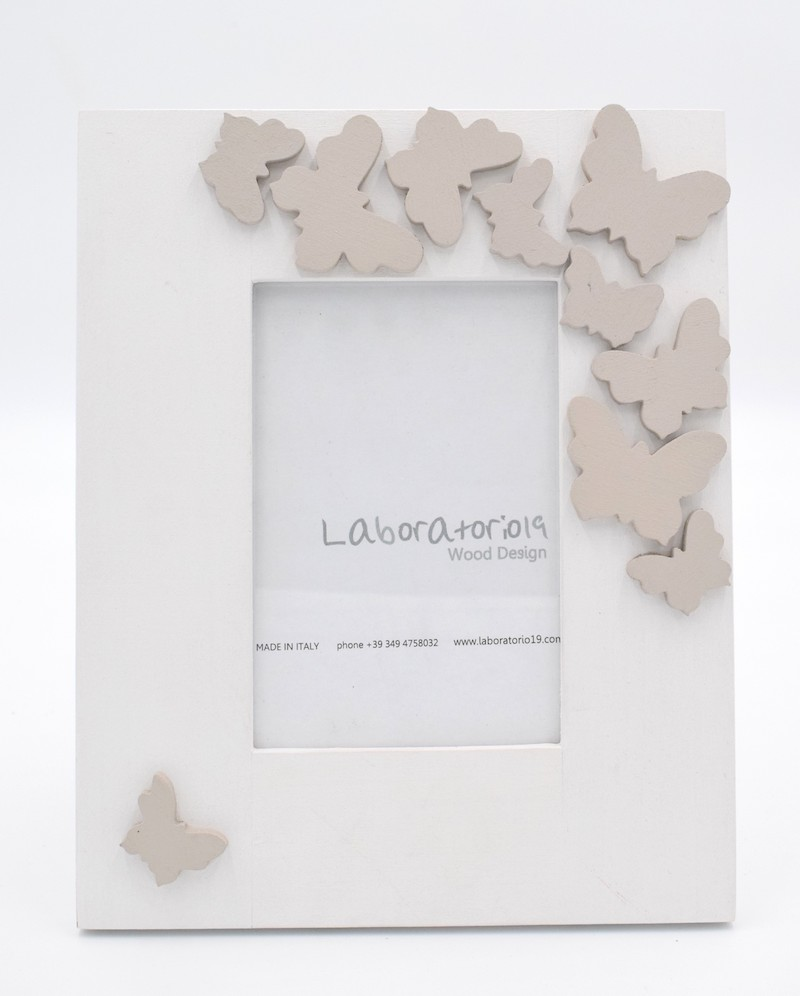 cornice-farfalle-bianca