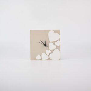 orologio con cuori