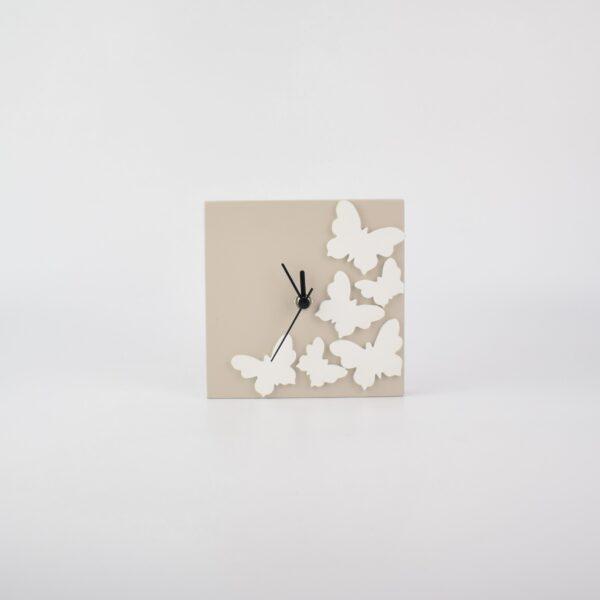 orologio con farfalle