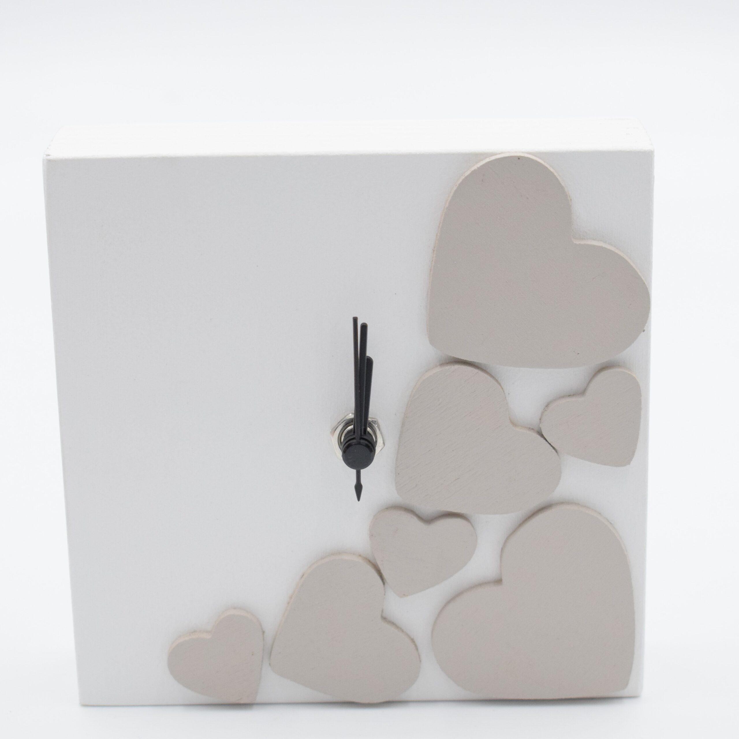 orologio cuore bianco e tortora chiaro