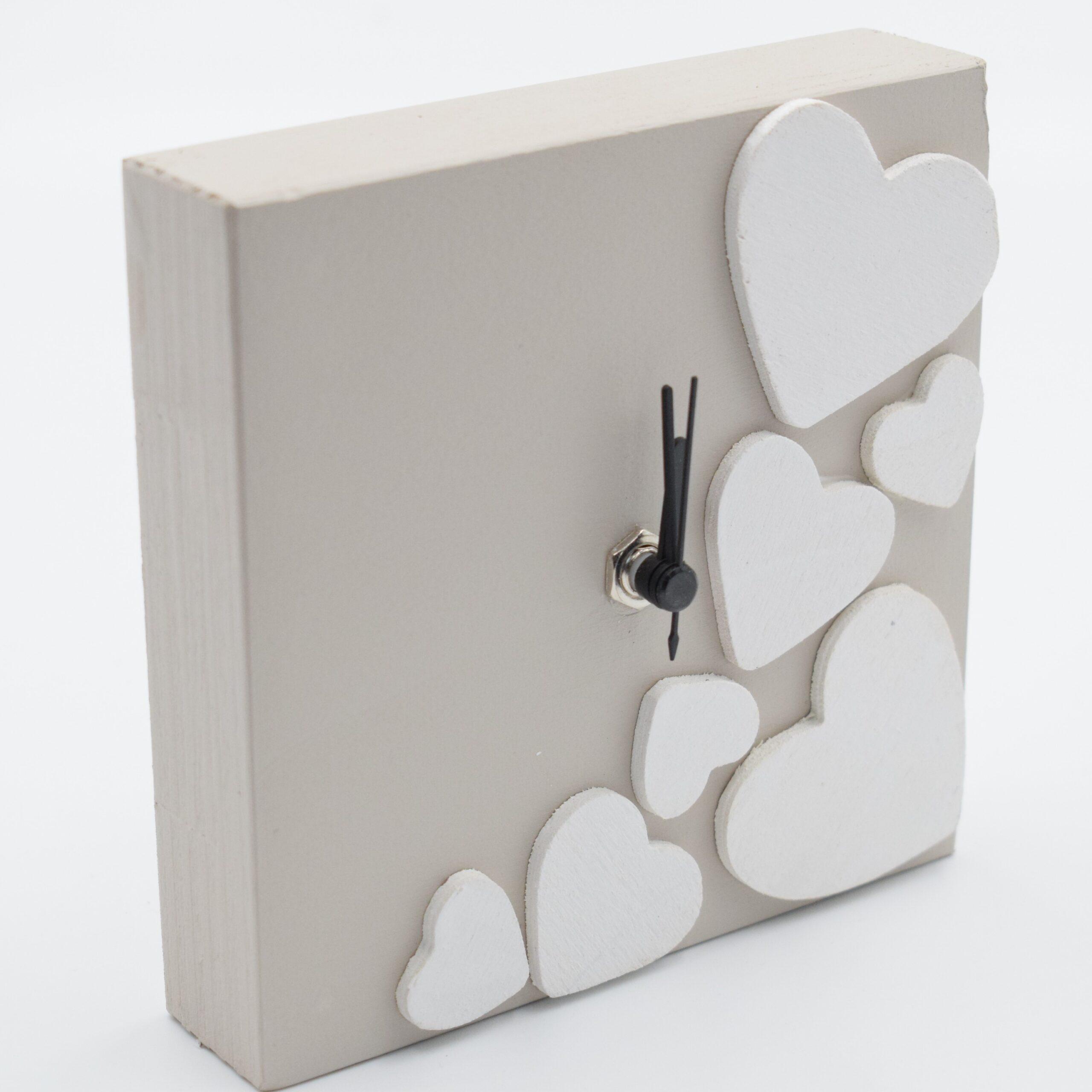orologio cuore tortora e bianco